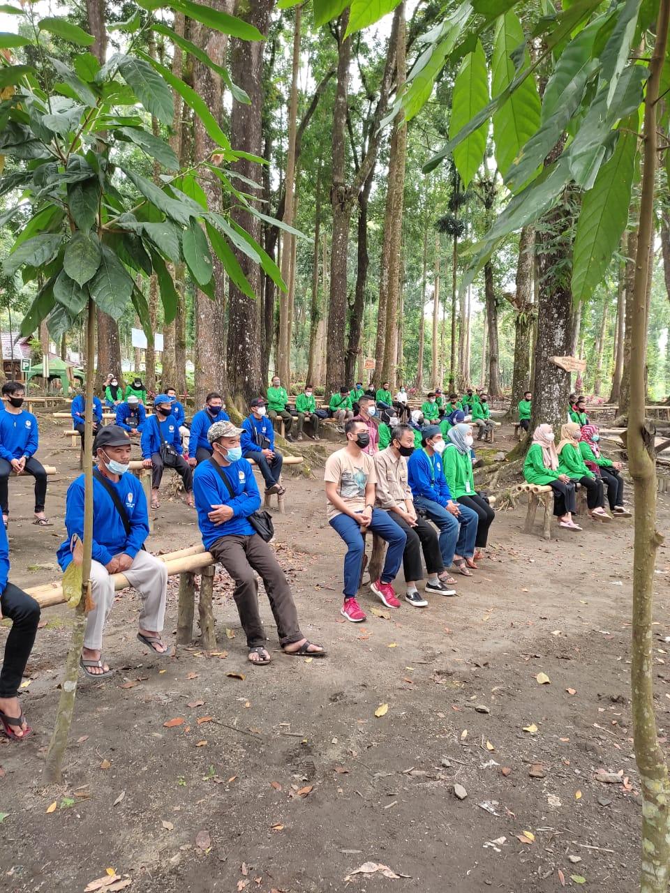 Pembukaan pelatihan budidaya lebah madu di Siti Sundari